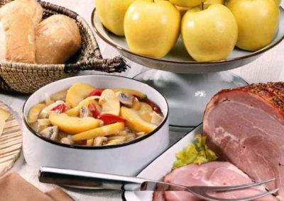 Waldpension Rabeneck Genießen Sie leckeres hausgemachtes Essen in unserem Restaurant